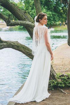 Les robes de mariée d'Adeline Bauwin - Collection 2016 | Modèle: La Romantique | Crédits: Cécile B.Photographies | Donne-moi ta main - Blog mariage