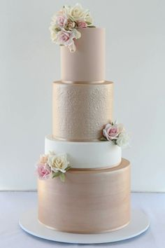 Cake by Creative Cakes by Julie - Hochzeit - Wedding Cakes Creative Wedding Cakes, Elegant Wedding Cakes, Beautiful Wedding Cakes, Creative Cakes, Rustic Wedding, Elegant Cakes, Wedding Cake Gold, Beautiful Cakes, Beautiful Flowers