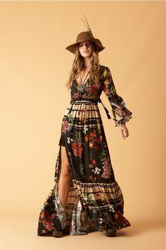 Mode Hippie, Hippie Style, Bohemian Style, Fashion Fabric, Boho Fashion, Fashion Dresses, Fashion Design, Boho Summer Dresses, Boho Dress
