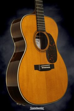 Martin 000-28 Eric Clapton Signature what a great all around acoustic guitar