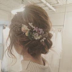 この髪飾りも可愛かったなぁ。。。 #hotelemanon #ブライダルヘア #ヘアレンジ