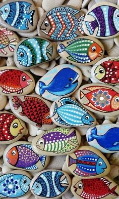 32 Beauty and Cute Rock Painting Ideas