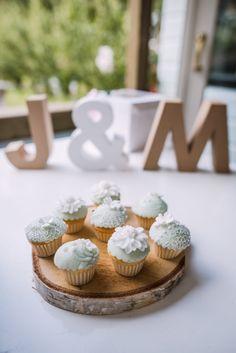 Credit: Sanne Popijus Fotografie - crème, taart, eten, nagerecht, geen persoon, tabel (meubels), viering, gebak, tafelsuiker, stilleven, snack, heerlijk, ornament, bakkerij, traditioneel, feest, koekje, delicatesse, huwelijk (ritueel)