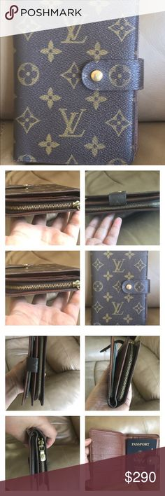 Louis Vuitton Monogram Porte Papier Zipper Bifol Pre-owned 100% Authentic Louis Vuitton Monogram Porte Papier Zipper Bifold Wallet . In good condition. Has sign of normal usage. Has small crack and tear No peeling.has 6 cc slots Coins pocket is clean. Date code SP1001 made in frace. Please check all the pictures before purchasing Louis Vuitton Bags Wallets