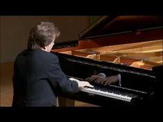 Ingolf Wunder - V. Bellini, Diva, Music Instruments, Random, Instagram, Bellinis, Casual, Godly Woman, Musical Instruments