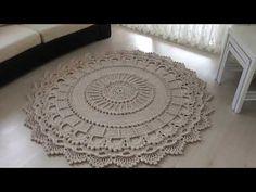 YouTube Mandala Rug, Doily Rug, Crochet Mandala, Crochet Doilies, Doily Patterns, Crochet Patterns, Crochet Home, Knit Crochet, Crochet Pencil Case
