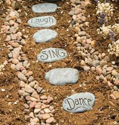 Fairy Garden Stepping Stones #fairygarden #miniaturegarden