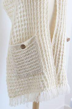 V Stitch Crochet, Crochet Scarf Easy, Knit Or Crochet, Crochet Scarves, Crochet Clothes, Free Crochet, Crochet Wrap Pattern, Crochet Snowflake Pattern, Afghan Crochet Patterns