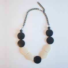 Black And White Frontal Necklace by sanwaitsai on Etsy Chunky necklace statement necklaces handmade necklace