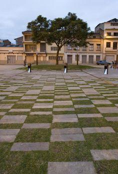 PAM - groen plein - Praça Victor J. Cuesta / DURAN arquitectos asociados