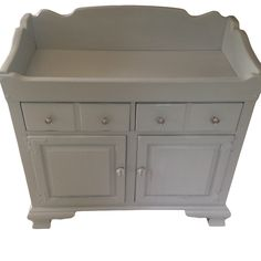 This vintage Ethan Allen dry sink would make a great changing table. I used General Finishes Sea Gull milk paint.