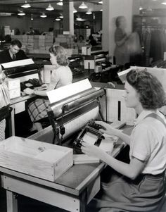 1940 census workers used automatic card reading machines.