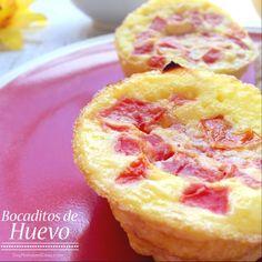 Hola chicas, una idea para el #desayuno de hoy: estos son Bocaditos de Huevo rellenos de queso y tomate  Si desean, pueden ver la #receta aquí: http://soymamaencasa.com/2014/11/desayuno-bocaditos-de-huevo.html #LunesSinCarne #MeatlessMonday #recetasfaciles
