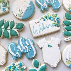 "Shelby Hemelt Townsend on Instagram: ""**I'm still not taking any new custom orders at this time**⁣⁣ ⁣⁣ I had a big screw up with my email and order submissions. I have not been…"" Fancy Cookies, Cute Cookies, Royal Icing Cookies, Baby Shower Gender Reveal, Baby Shower Themes, Baby Shower Decorations, Shower Ideas, Baby Shower Fall, Baby Boy Shower"