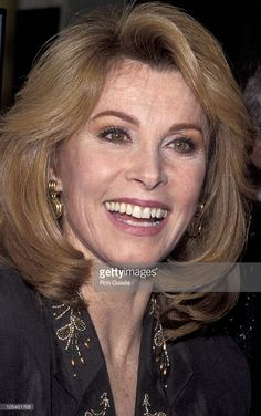 Stefanie Powers during Star On Hollywood Boulevard at Walk of Fame in Hollywood, California, United States. Stephanie Powers, Hollywood Boulevard, In Hollywood, Hollywood California, Beautiful Celebrities, Most Beautiful Women, Star Wars, Makeup Looks, Short Hair Styles