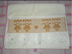 Swedish Embroidery, Hand Embroidery, Swedish Weaving, Weaving Patterns, Decorative Boxes, Projects To Try, Cross Stitch, Quilts, Knitting