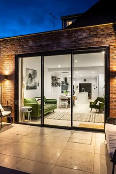 As specialists in Kitchen & Living Extensions, through great design and consultation we can achieve a living space that you'll love to live in for years to come. Upvc Sliding Doors, Aluminium Sliding Doors, Sliding Door Design, Sliding Glass Door, Aluminium French Doors, House Extension Design, House Design, Backyard Door, Open Plan Kitchen Dining Living