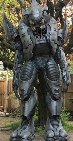 Awesome Homemade Halo Elite Suit! Cool