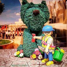 Posant guapo a Puppy. Poniendo guapo a Puppy. Putting cute Puppy. #playcollectorclub #playmobil #playmobilgram #playmobilmania #playmobilespaña #playmobilfan #playmobillove #playmogram #playmobiligers #playmobilart #izt_miniature #pcc #instacliks #instaplaymobilfans #instaplaymobil #instaart #iloveplaymobil #toys4life #toyphotography #toystagram #toyart #lamejorfotoplaymobil #museum #guggenheimbilbao #puppy #puppyguggenheim