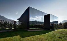 Mirror Houses :: two luxury holiday homes in South Tyrol in Italy.  on Welcome Beyond