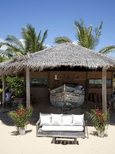 Lounge bar at Beach - Casa Uxua Hotel in Trancoso #brazil #beach