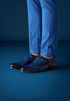 Lapo Elkann for Gucci : Lapo Elkann for Gucci African Dresses Men, African Clothing For Men, African Men Fashion, Mens Boots Fashion, Mens Fashion Suits, Fashion Pants, Men Trousers, Mens Dress Pants, Designer Suits For Men