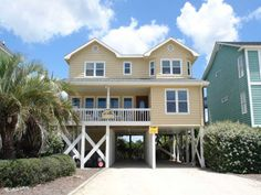 Holden Beach, NC - Rest a Shore 686 a 4 Bedroom Boulevard / Second Row Rental House in Holden Beach, part of the Brunswick Beaches of North Carolina. Includes Hi-Speed Internet