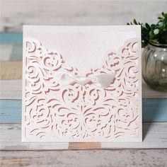 elegante Hochzeitseinladungskarte weiss mit Schleife KPL106