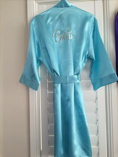 Bridal Party Satin Robes in striking Bridal white & in Tiffany blue. Australian sizing, knee length, tie waist and elegant. Bridal Party Robes, Cerise Pink, Satin Sash, Easy Gifts, Tiffany Blue, Just Married, Maid Of Honor, Mother Of The Bride, Bridesmaid