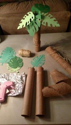 Palm trees out of paper towel rolls! Moana Birthday Party Theme, Jungle Theme Birthday, Moana Themed Party, Wild One Birthday Party, Dinosaur Birthday Party, 3rd Birthday Parties, Birthday Party Decorations, Jungle Theme Parties, Kids Luau Parties