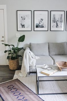 Discover how to create a gallery wall on a budget using IKEA ribba frames! Need to transform a boring wall in your home? Ikea Gallery Wall, Gallery Wall Frames, Frames On Wall, Gallery Walls, Wall Collage, Above Couch Decor, Ikea Frames, Ikea Ribba Frame, Ikea Photo Frames