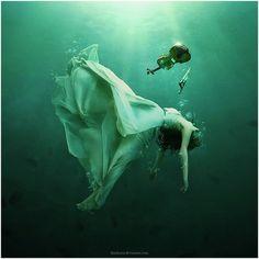 verde---➽viridi➽πράσινος➽green ➽verde➽grün➽綠➽أخضر ➽зеленый Underwater Art, Underwater Photography, Art Photography, Breathing Underwater, Digital Photography, Underwater Photoshoot, Conceptual Photography, Contemporary Photography, Photos Sous-marines