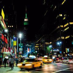 New York City imagine that Perfume Hermes, Jonathan Adler, Giorgio Armani, Perfume Glamour, Exotic Homes, Perfume Genius, Midnight City, Voyage New York, Travel