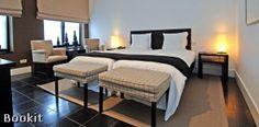 Hotel Messeyne te Kortrijk.    De kamers zijn voorzien van flatscreen televisie, telefoon, gratis draadloos internet, airconditioning, kluisje, minibar, bureau, zitje, koffie- en theefaciliteiten en badkamer met bad en/of douche en toilet.