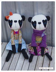 Harriet and Beatrice OOAK panda art dolls Dolly Mixture, Stitch Doll, Fox Toys, Handmade Soft Toys, Panda Art, Cute Stuffed Animals, Fabric Toys, Sewing Dolls, Softies
