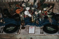 get-your-moody-color-palette-inspiration-from-this-late-fall-wedding-shoot-lindsay-nickel-photography-10
