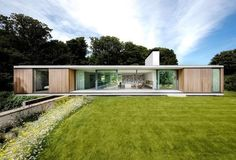 Contemporary retirement bungalow in Dorset - Grand Designs Magazine Contemporary Architecture, Architecture Design, Contemporary Design, Casas Containers, Single Story Homes, Grand Designs, Glass House, Bungalows, Modern House Design