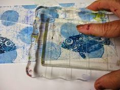 WonderWanda.....art & more!: Reverse stamping - a Gelli trick