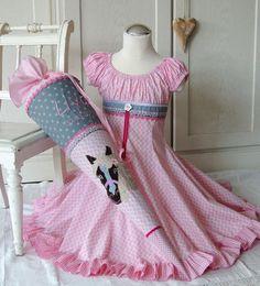 School dresses - made-by-riann-de / children& fashion that is fun Einschulungskleider – made-by-riann-de/ Kindermode die Spaß macht! School dresses – made-by-riann-de / children& fashion that is fun! Little Girl Dresses, Girls Dresses, School Dresses, Orange Fabric, Infancy, Dress Making, Pink Dress, Going Out, Kids Fashion