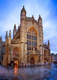 Bath Abbey ...