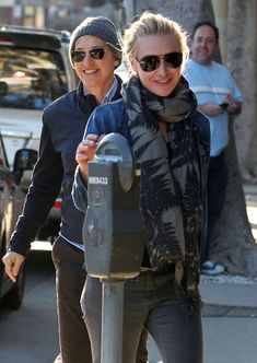 Portia de Rossi Photos Photos - Ellen DeGeneres and wife Portia de Rossi leave Wanna Buy a Watch after shopping for watches in West Hollywood, CA on January 27, 2012 - Ellen DeGeneres And Portia de Rossi Leaving Wanna Buy A Watch