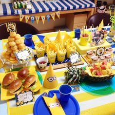 ミニオンパーティー テーブル