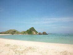 Pantai Kuta Lombok Pantai pasir merica