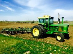 Old John Deere Tractors, Jd Tractors, Farms, Hate, Childhood, Muscle, Culture, Classic, Green