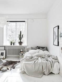 Skona Hem via Blackford & Sons Scandinavian interiors appeal to our desire for cleanliness, serenity, and room to breathe. These elements are particularly appealing in bedrooms, which, above all rooms in a home, should inspire calm and relaxation. Here are some ideas to steal from the Scandinavian style we love.