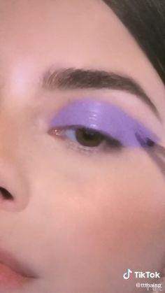 Edgy Makeup, Makeup Eye Looks, Eye Makeup Art, Colorful Eye Makeup, Eyebrow Makeup, Skin Makeup, Eyeshadow Makeup, Lolita Makeup, Black Eye Makeup