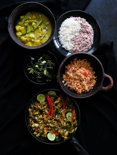 Sri Lankan meal plan Rice, creamy potato and bean curry, canned tuna stir-fry, spicy coconut sambol, garlic-kangkung stir-fry completes this homemade lunch idea. Healthy Indian Recipes, Healthy Dishes, Asian Recipes, Ethnic Recipes, Eat Healthy, Easy Cabbage Recipes, Mackerel Recipes, Beans Curry, Sri Lankan Recipes