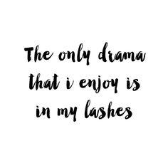 YAYA SS'16   LADY MOJO   QUOTE #Quote #Drama #Retro #Lashes #AlaTwiggy #To #Enjoy #Thelashes #YAYASS16 #Ladymojo