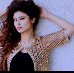 These Sexy Pictures of Mouni Roy Will Keep You Up All Night. Teen Actresses, Indian Actresses, Mouni Roy Dresses, Sad Girl Photography, Indian Bollywood Actress, Girl Outfits, Fashion Outfits, Girls Dpz, Beautiful Indian Actress