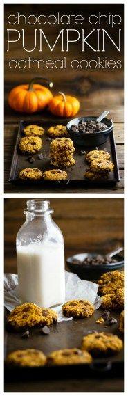 Chocolate Chip Pumpkin Oatmeal Cookies | just 5 ingredients plus seasonings | #vegan #glutenfree #cleaneating #fallbaking